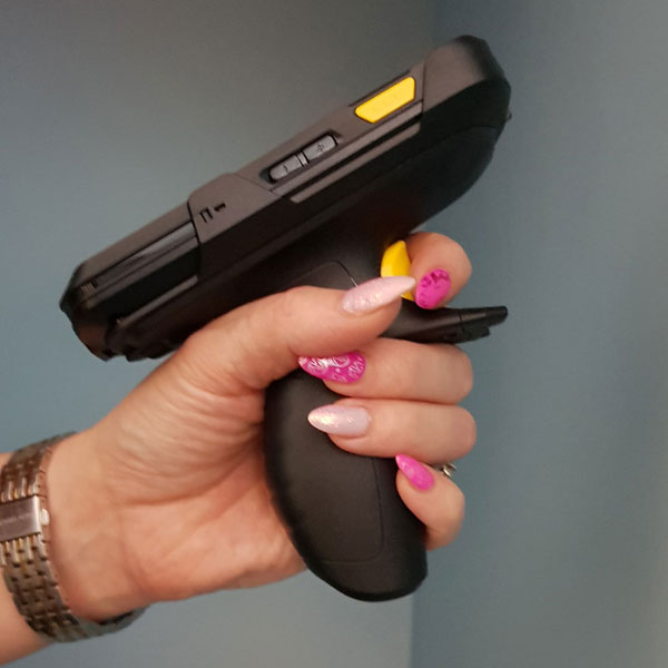Zebra TC20 Trigger Handle - a comfortable scanning experience
